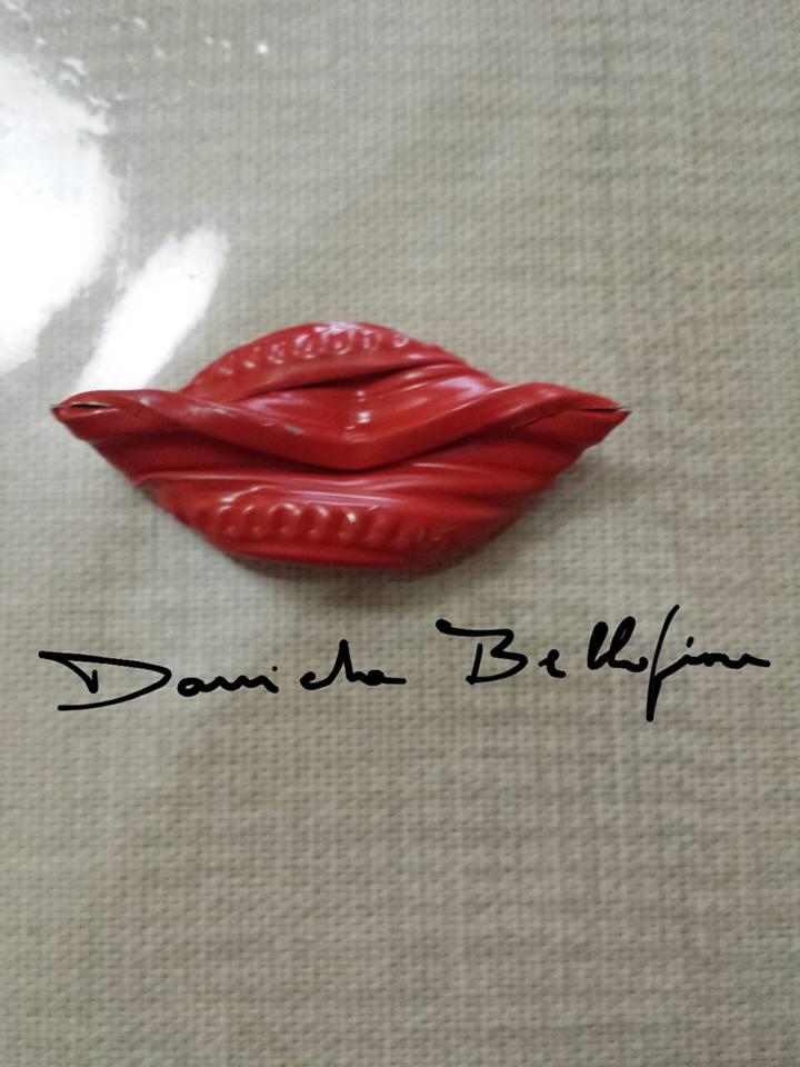 Da un tappo ad una bocca di Daniela Bellofiore